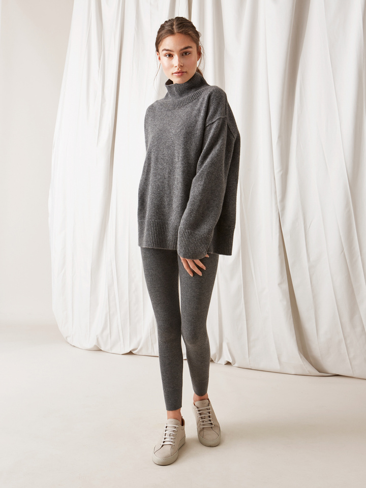 Soft Goat Boyfriend Turtle Neck Sweater Dark Grey