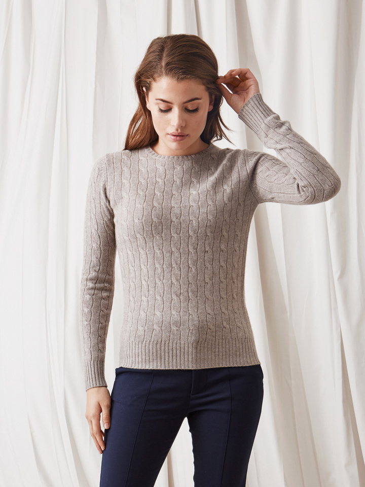 Soft Goat Cable Knit Light Taupe