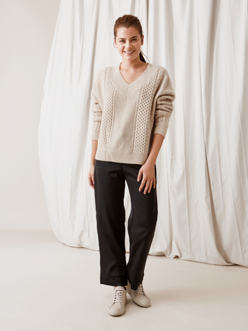 Product thumbnail of Cable Knit Chunky V-neck