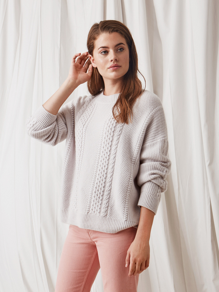Soft Goat Women's Chunky Cable Knit Silver Grey