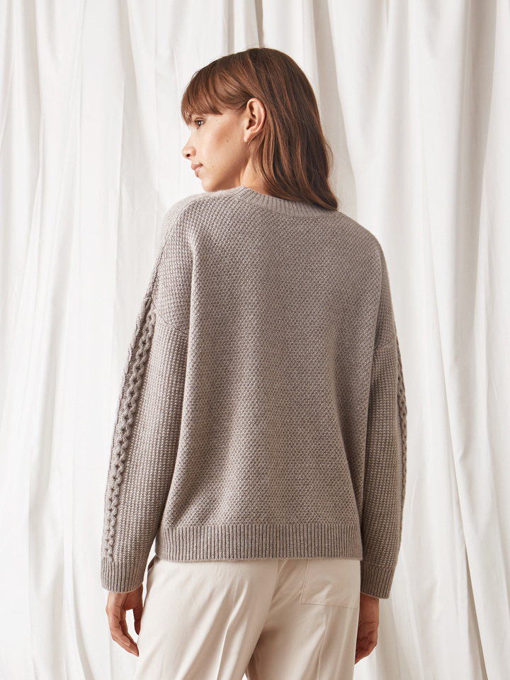 Soft Goat Women's Chunky Cable Knit Light Taupe