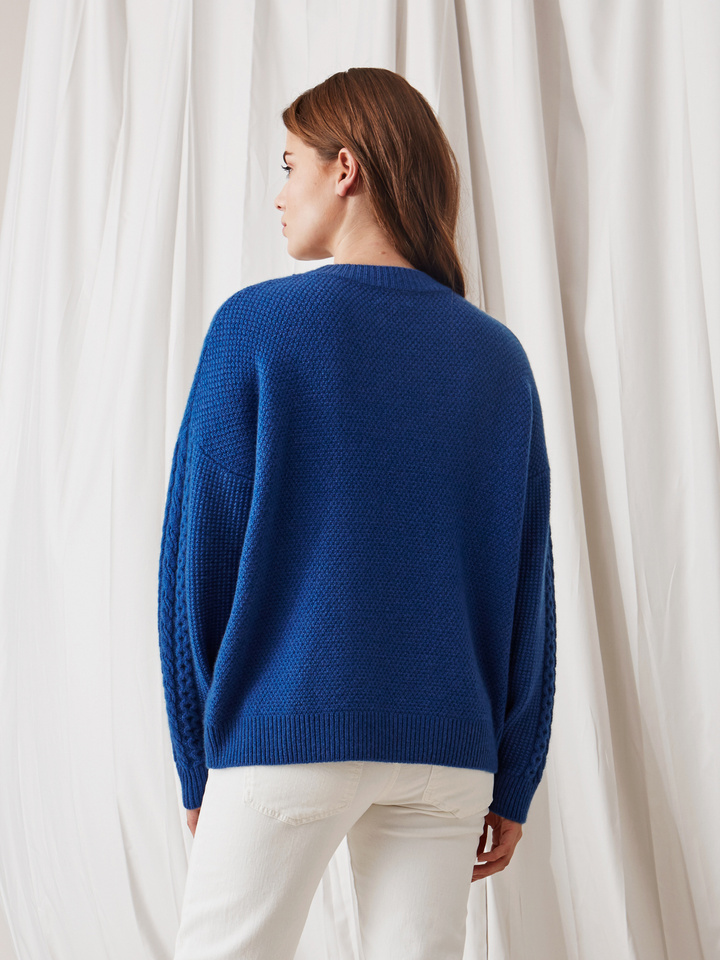 Soft Goat Women's Chunky Cable Knit Royal Blue