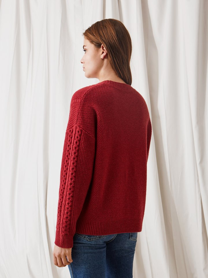 Thumbnail Women's Chunky Cable Knit