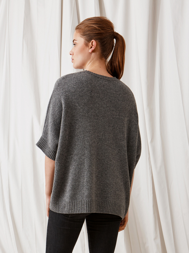 Soft Goat Chunky Knit Poncho Dark Grey