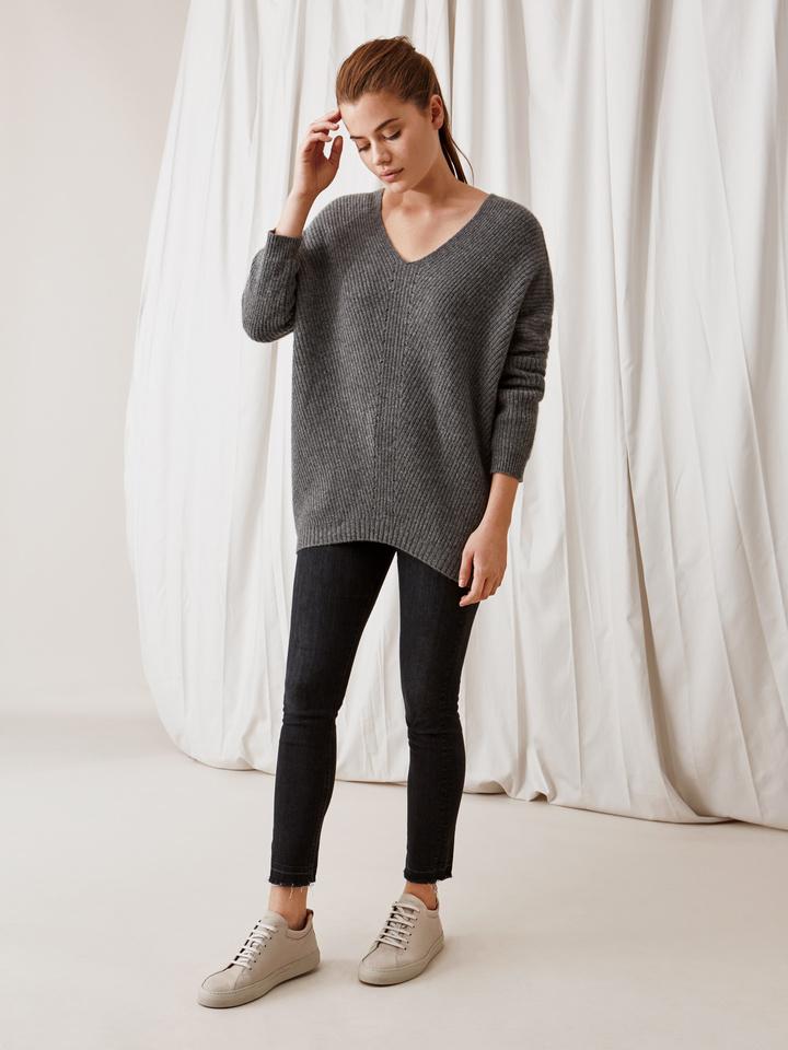 Soft Goat Chunky V-Neck Sweater Dark Grey