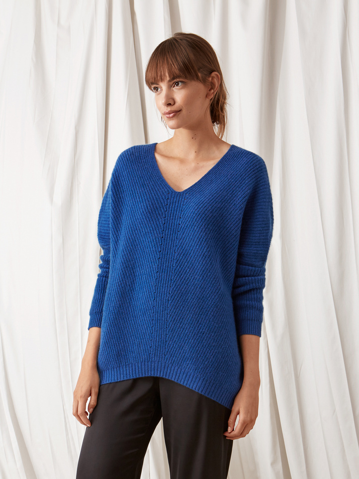 Soft Goat Chunky V-Neck Sweater Royal Blue