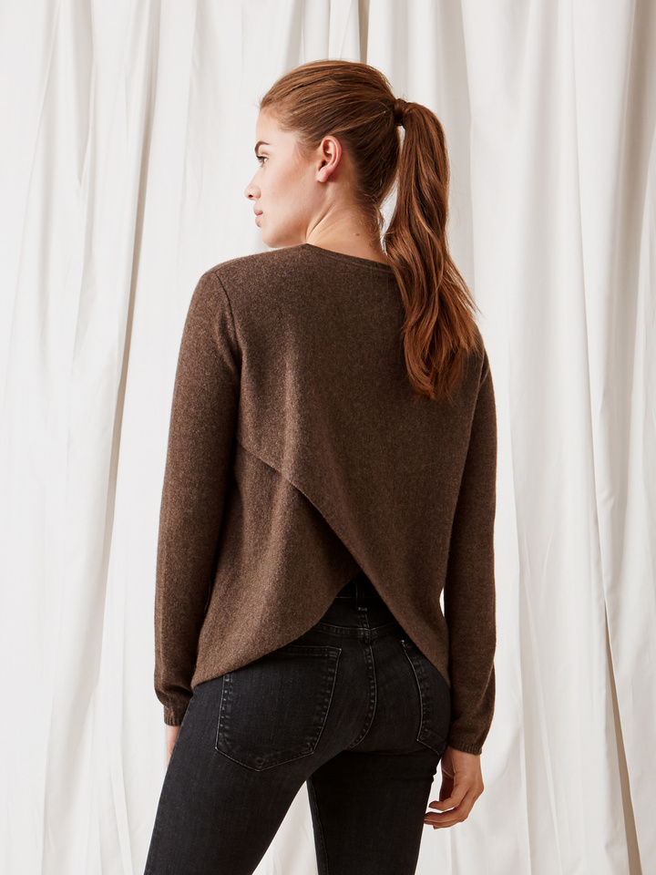 Soft Goat Crossed Back Sweater Mocca