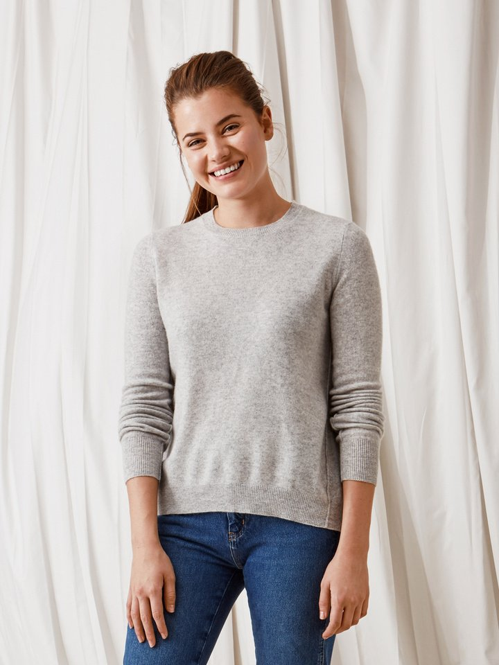 Soft Goat Curved Sweater Light Grey
