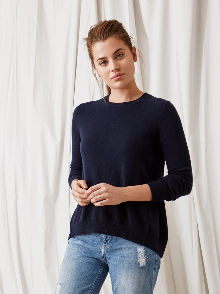 Soft Goat Curved Sweater Navy