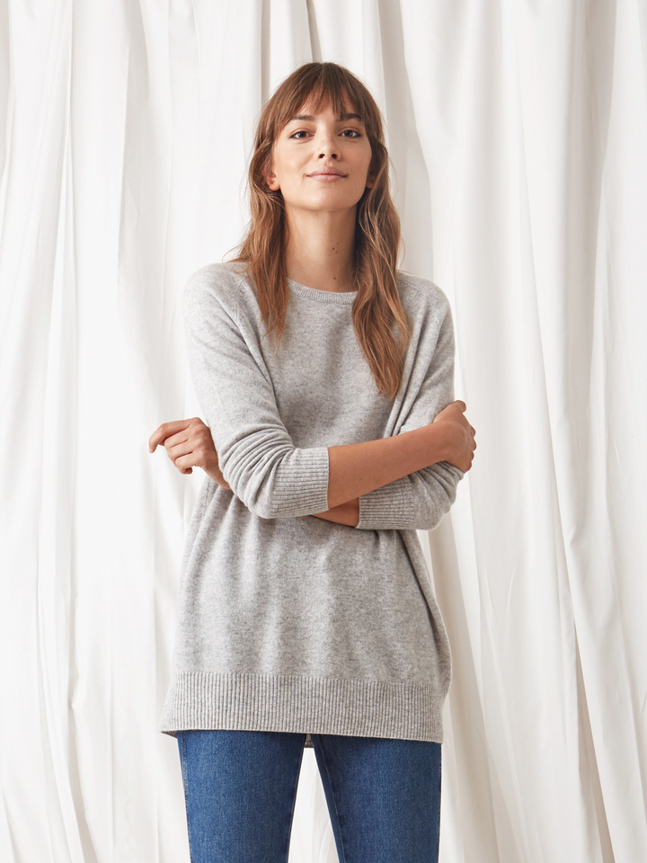Soft Goat O-Neck Oversize Light Grey