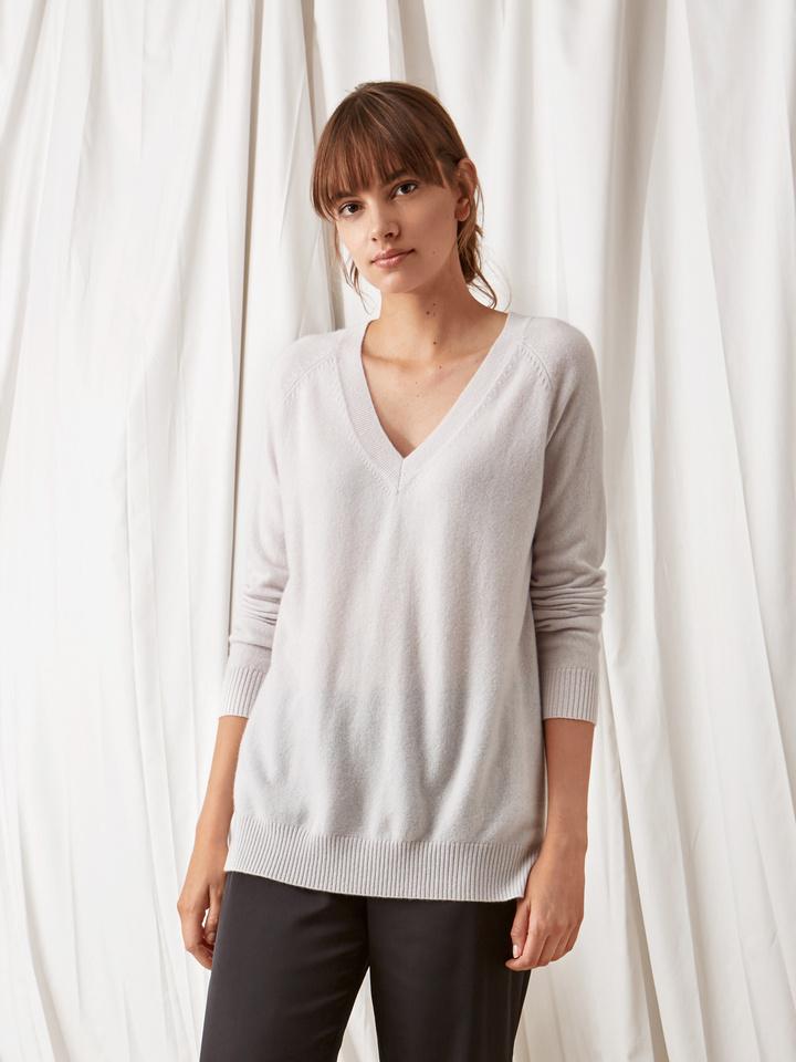 Soft Goat Oversize V-Neck Silver Grey