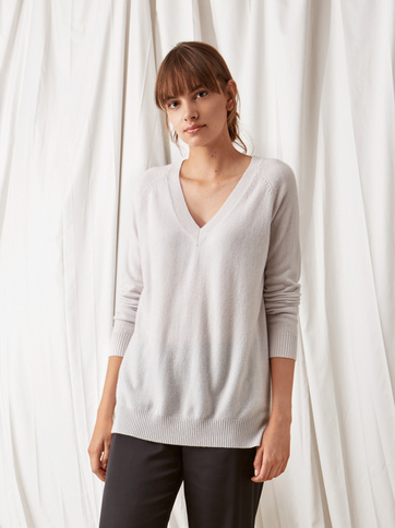 Product thumbnail of Oversize V-neck