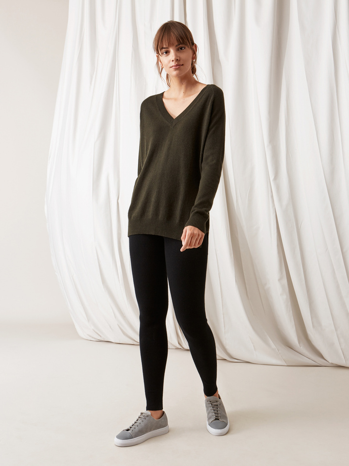Soft Goat Oversize V-Neck Deep Green