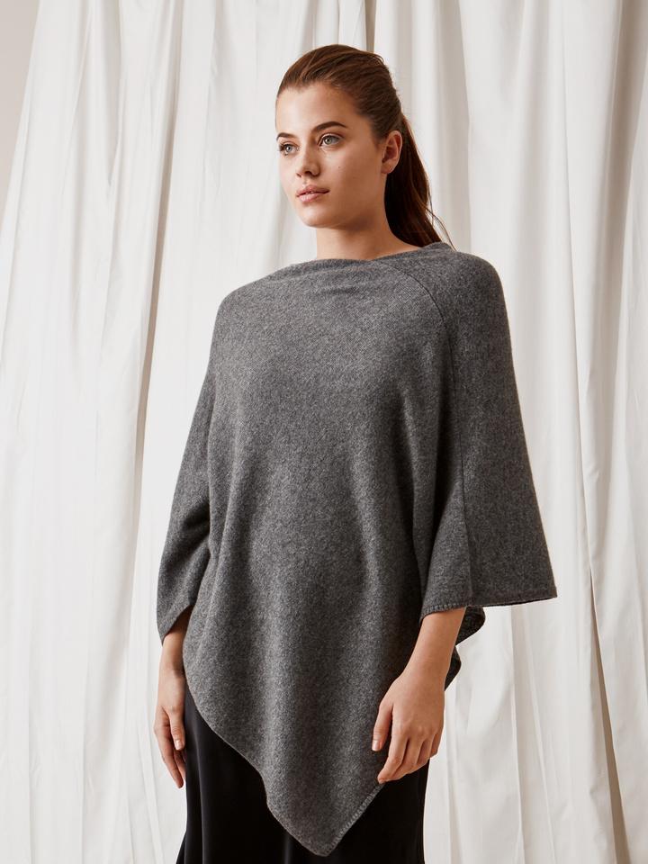 Soft Goat Plain Poncho Dark Grey