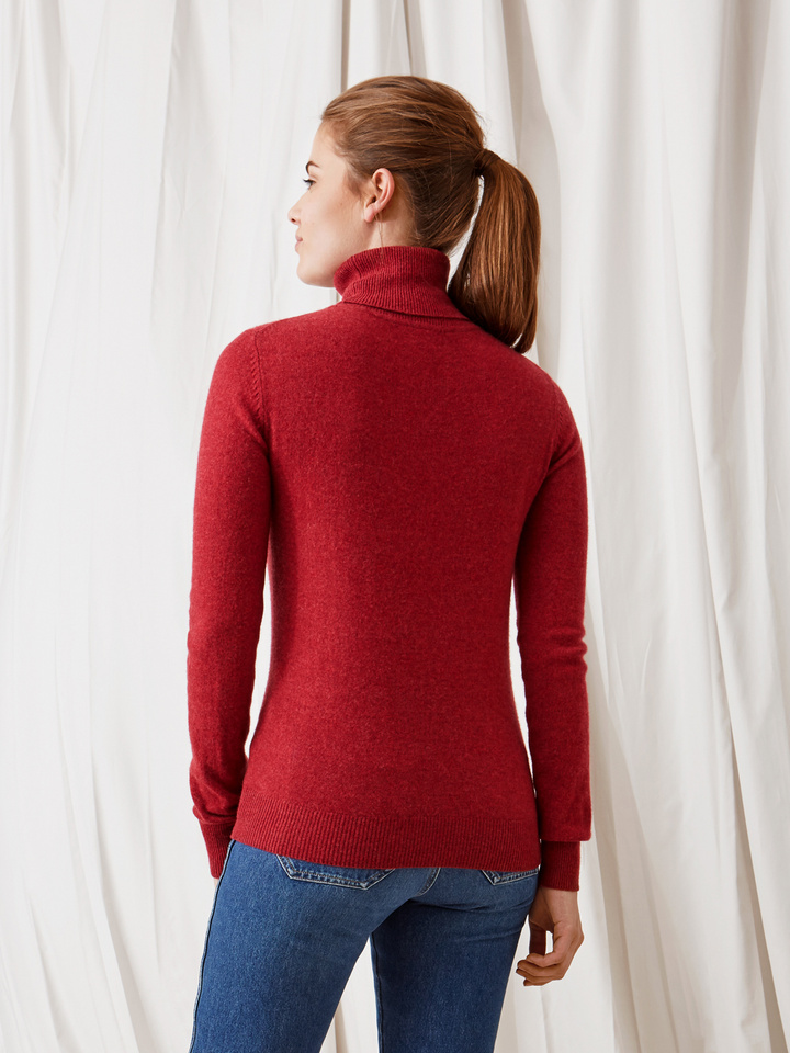 Soft Goat Plain Turtle Neck Pomegranate