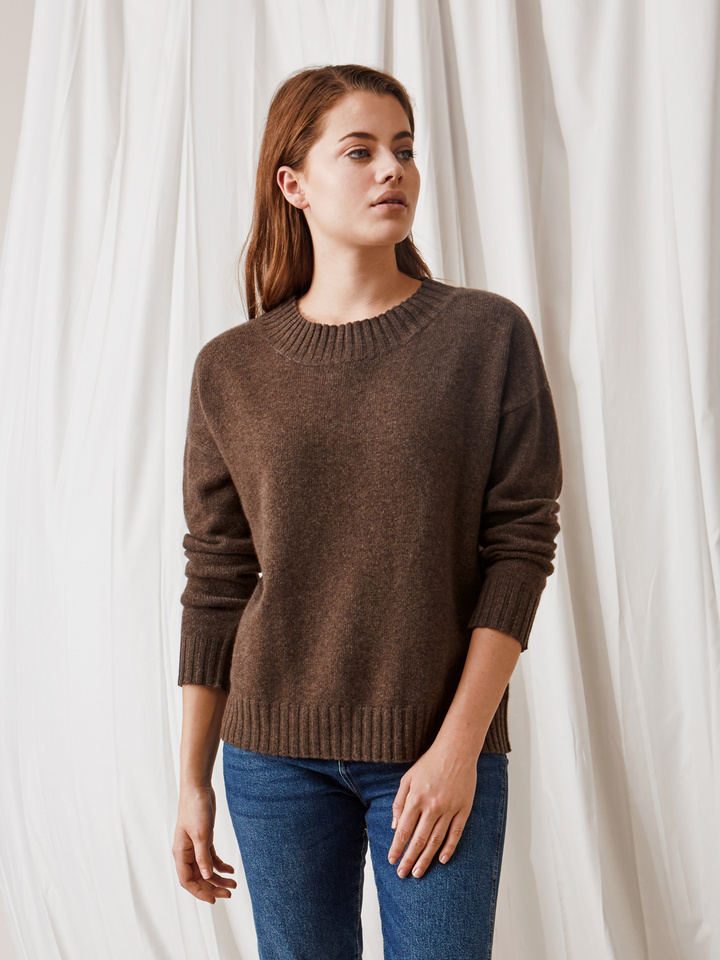 Soft Goat Relaxed Sweater Mocca