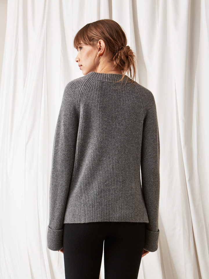 Soft Goat Ribbed Chunky Knit Dark Grey