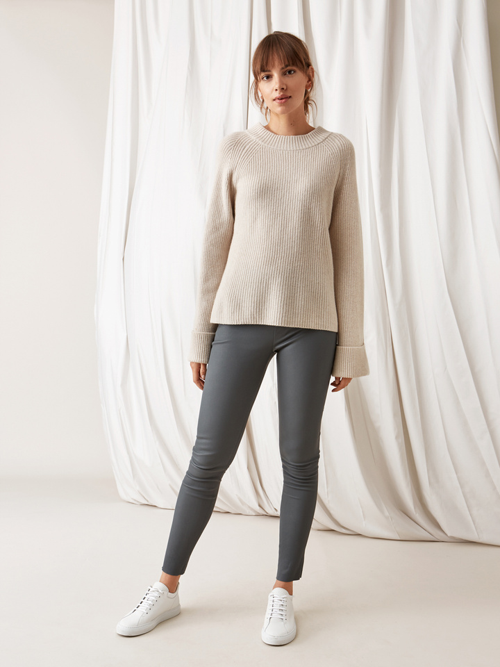 Soft Goat Ribbed Chunky Knit Beige
