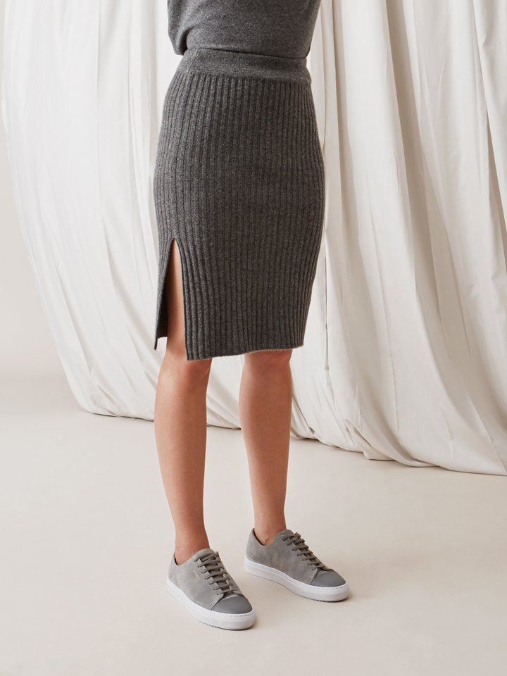 Soft Goat Ribbed Skirt Dark Grey
