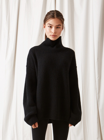 Product thumbnail of Ribbed Turtle Neck
