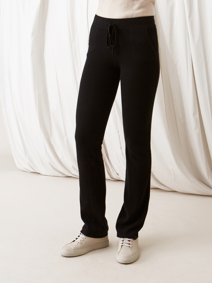 Soft Goat Straight Pants Black