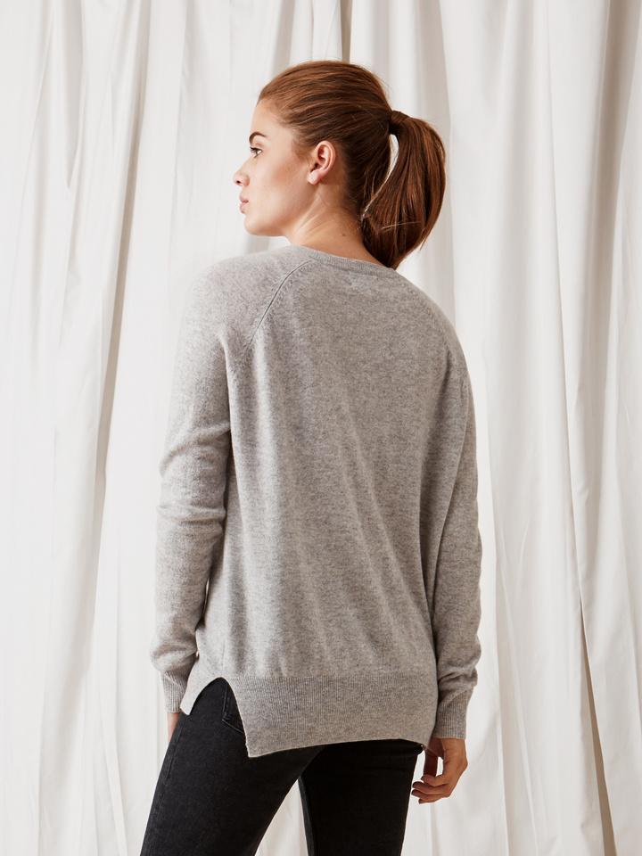 Soft Goat V-Neck Cardigan Light Grey