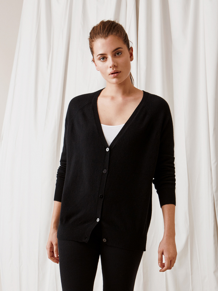 Soft Goat V-Neck Cardigan Black