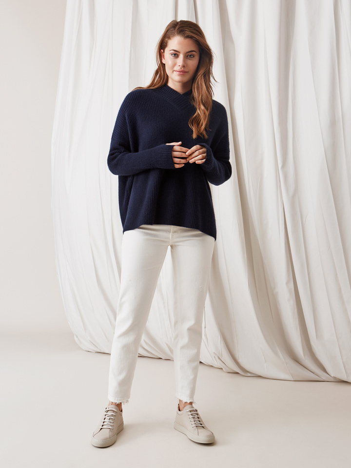 Soft Goat Ribbed Collar Sweater Navy