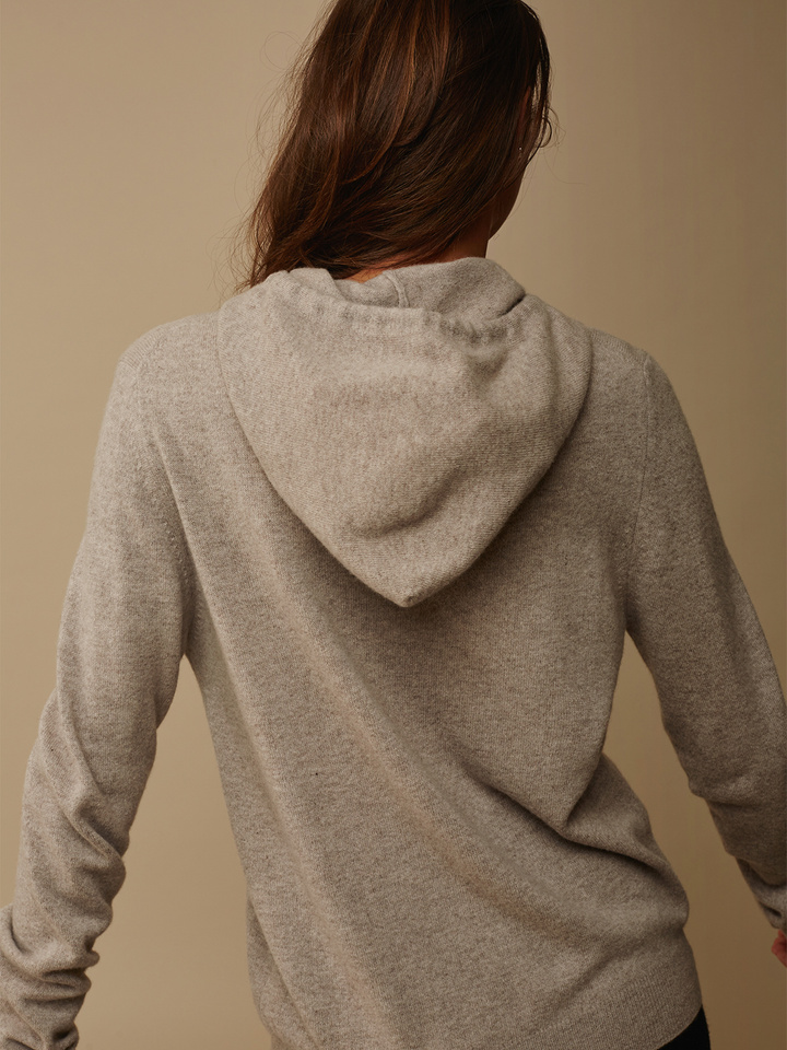 "<span class=""js-statics"" title=""Missing static search site_product_thumbnail"">site_product_thumbnail</span> Hoodie Without Zipper"