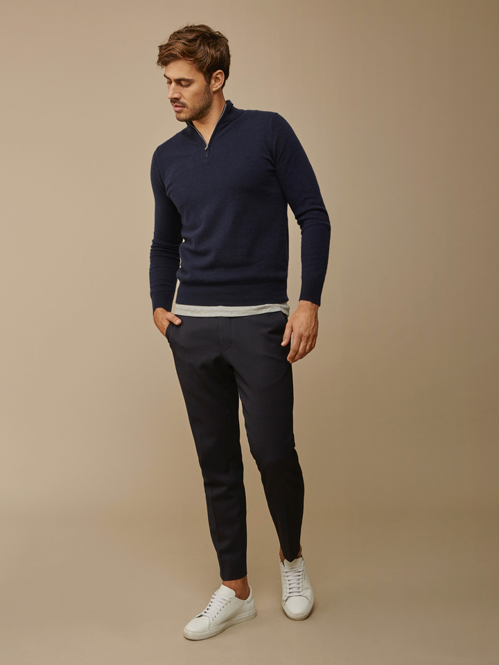 "<span class=""js-statics"" title=""Missing static search site_product_thumbnail"">site_product_thumbnail</span> Men's Half Zip"