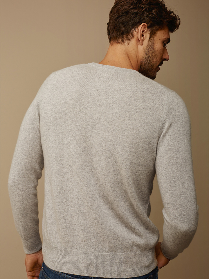 Soft Goat Men's O-Neck Light Grey
