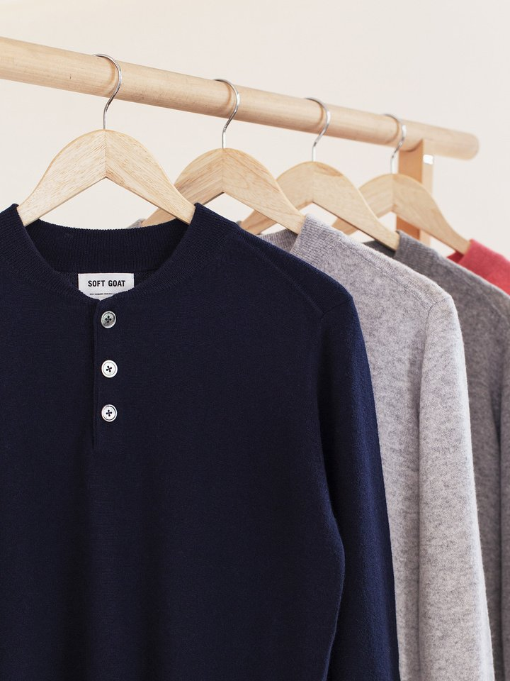 """<span class=""""js-statics"""" title=""""Missing static search site_product_thumbnail"""">site_product_thumbnail</span> Men's Rugby Collar Sweater"""