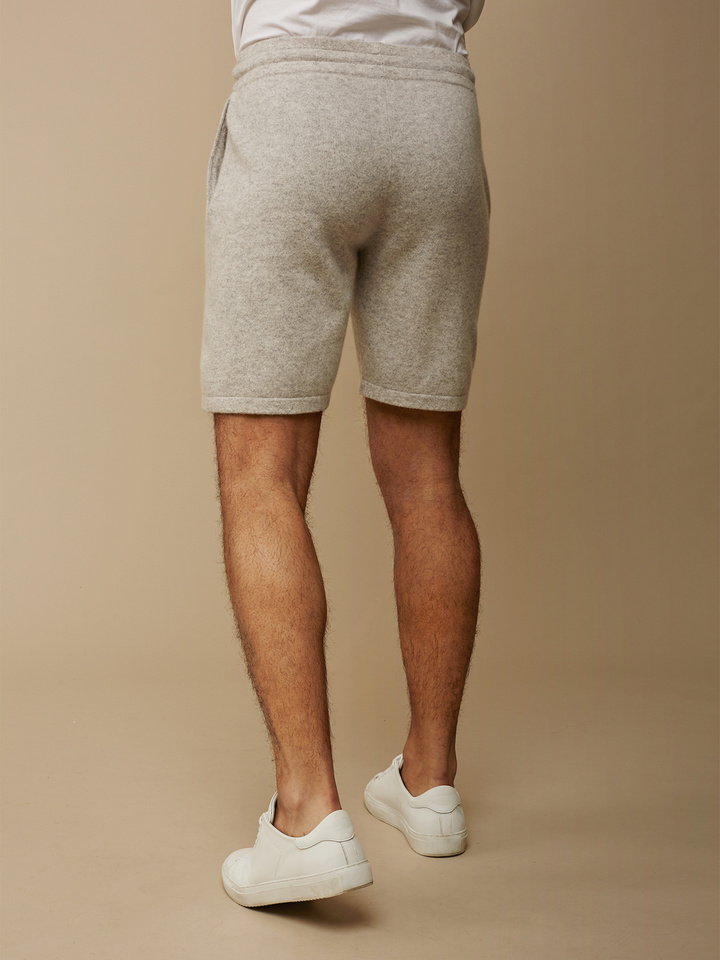 "<span class=""js-statics"" title=""Missing static search site_product_thumbnail"">site_product_thumbnail</span> Men's Shorts"