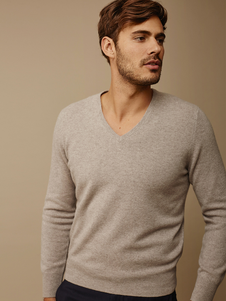 Soft Goat Men's V-Neck Light Taupe