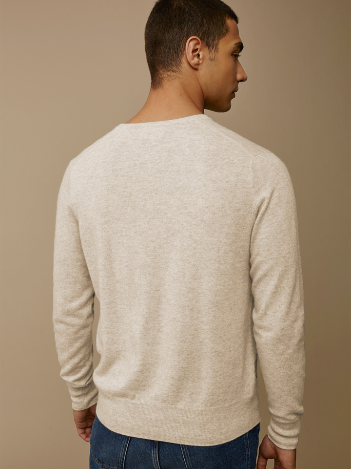 "<span class=""js-statics"" title=""Missing static search site_product_thumbnail"">site_product_thumbnail</span> Men's V-neck"