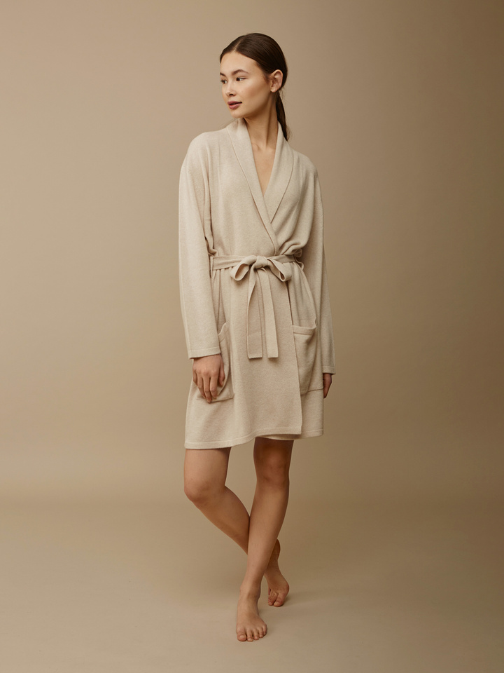 Thumbnail Women's Bathrobe
