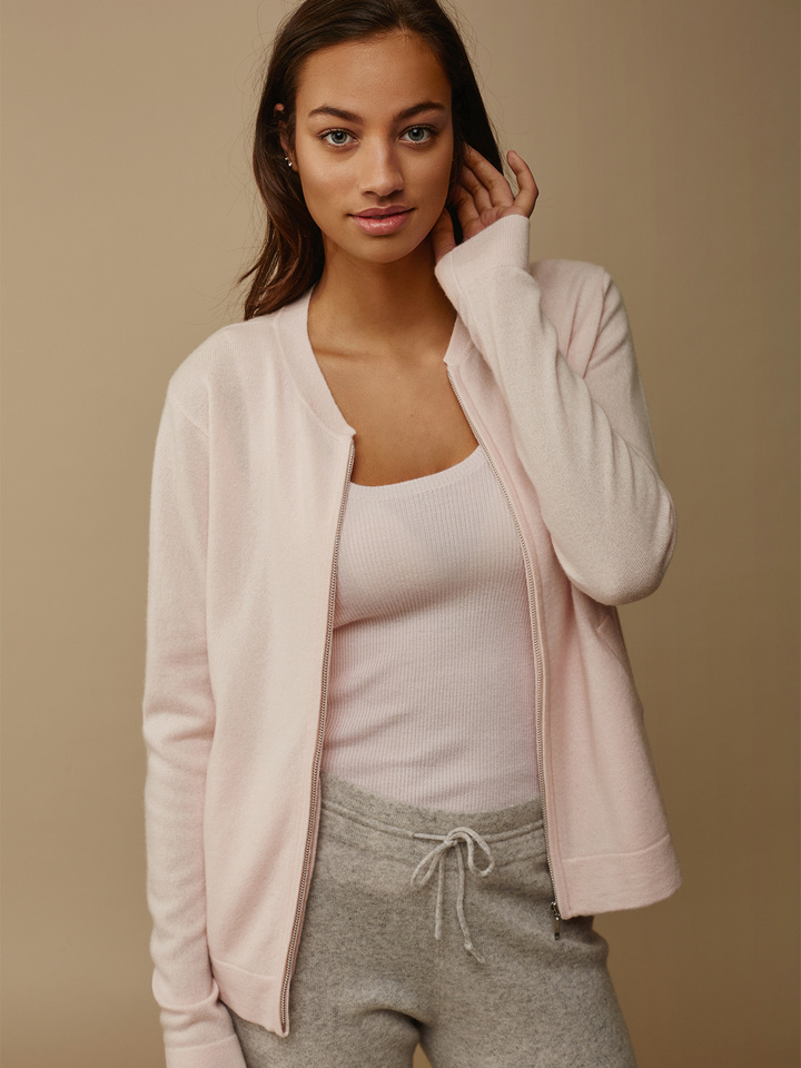 "<span class=""js-statics"" title=""Missing static search site_product_thumbnail"">site_product_thumbnail</span> Women's Bomber Sweater"