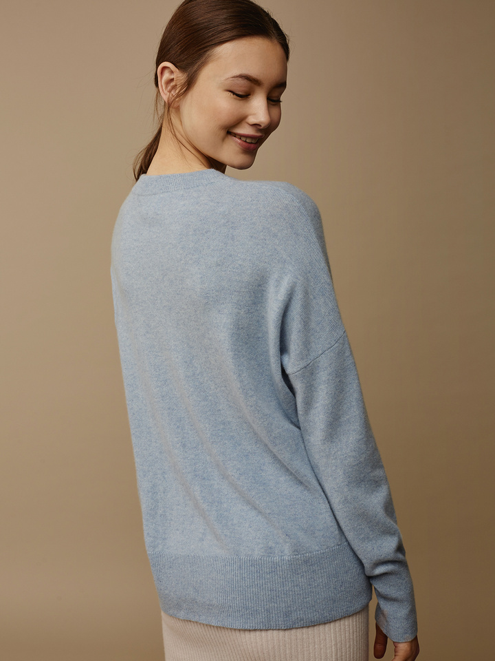 Soft Goat Women's Boyfriend Sweater Light Blue