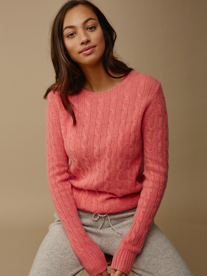 Thumbnail Women's Cable Knit